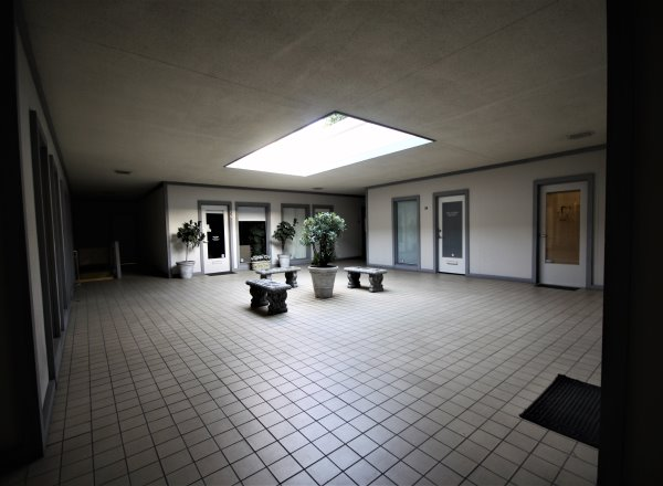 30100 Crown Valley Pkwy Suite 34 Laguna Niguel courtyard